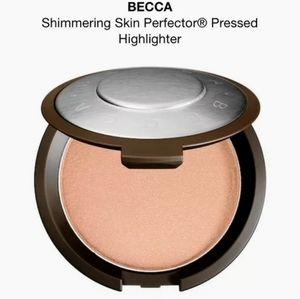 BECCA Shimmering Skin Perfector Highlighter POP